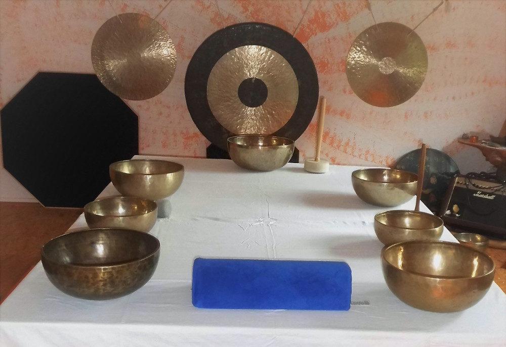 Klangmassage tisch